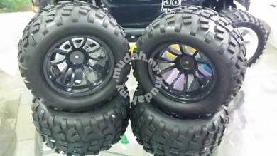 1.10 Monster Truck Oversize Modify Tyre & Rim