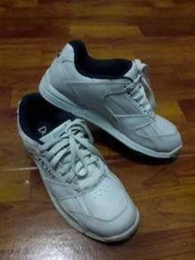 Bowling Shoes (DEXTER)