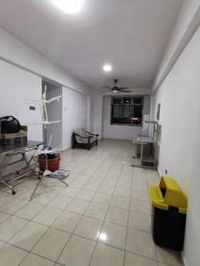 Rumah Sewa / Indah Court / Bukit Indah / Super Offer Unit