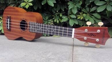 New High Grade Ukulele Guitar