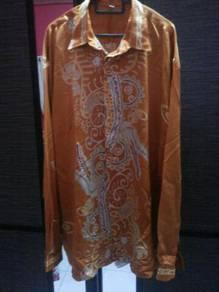 Baju Batik Satin Kuning Keemas Emasan