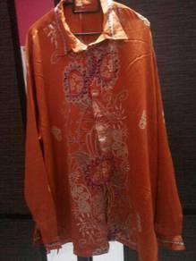 Baju Batik Satin Oren XXL