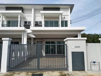 (Booking RM1000) Double Storey Terrace House, Jenderam Hilir