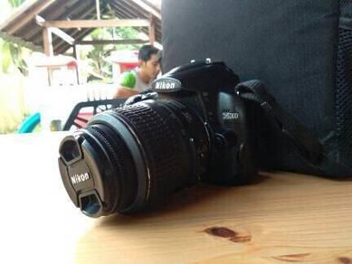 Camera Nikon D5000 + Lens 18.55mm
