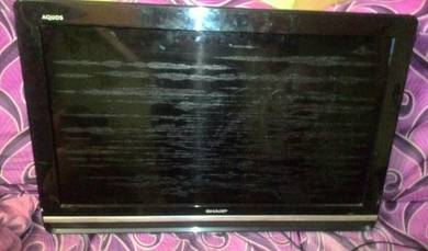 Tv sharp aquos 32 inci