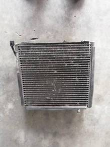 Honda civic eg6 & eg9 b16a condenser & fan