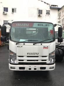 Lorry ISUZU NLR 77UEE 4800KG (1 TON) - 10 FT