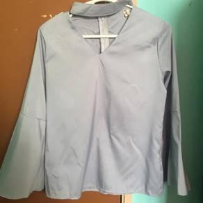 Choker neck blouse