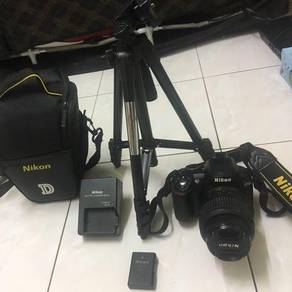 Nikon d3100 like new dslr