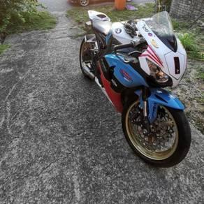 Honda cbr1000rr 2008/2011