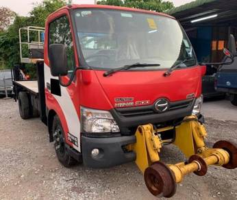 2016 hino wu710r socage skylift 14m mil 1k only
