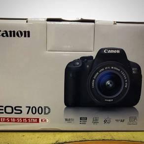 Conon 700d with kit lens