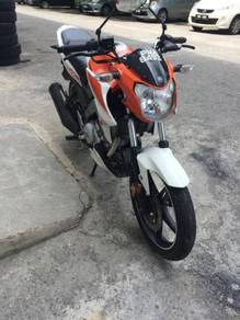 2015 Yamaha fz150 i