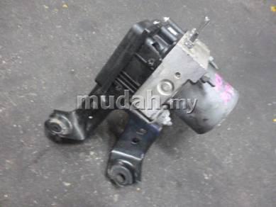 JDM Toyota Estima ACR30 04-05 ABS Pump Bosch