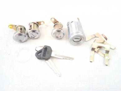 Key Set Kunci Perodua KELISA - BARU