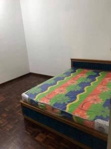 Roomate wanita diperlukan di university apartment 1 ( UA1 )