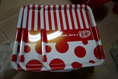 NESTLE KITKAT tray dulang KitKat