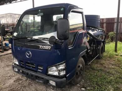Mazda Sewerage Truck 1800 KL