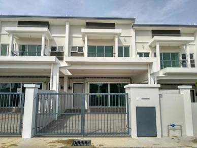 (Booking RM2000) Double Storey Terrace House, Jenderam Hilir