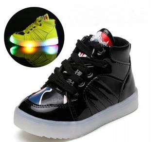 Korean Version Sneaker Shoes With LED Light #A666