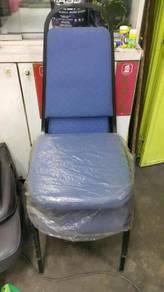 Kerusi biru pejabat /office chair blue colour