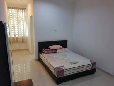 Medium room with attached bathroom available in Meru Desa Park Ipoh