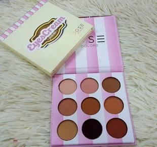 Dose 9 colour eyeshadow