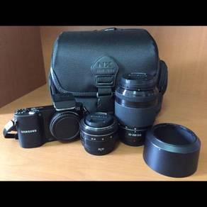 SAMSUNG NX1000 dual lenses