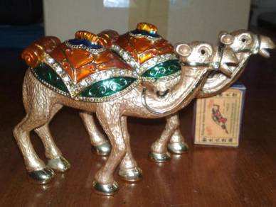 Unta tembaga decor brass camel trinket