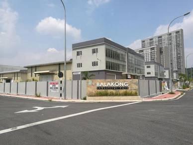 Balakong industrial park, 3 Storey Semi-D Factory with Passenger Lift