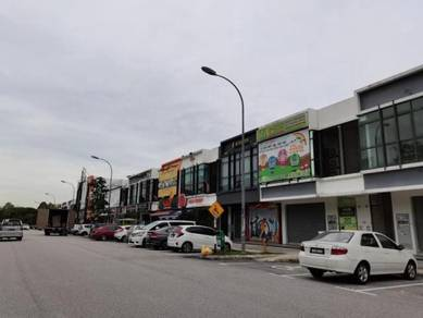 Facing Main Road Ground Floor Shop Lot Near Mcdonald Kota Kemuning