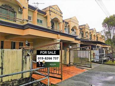 Double Storey Intermediate Terrace House At Moyan Batu Kawa
