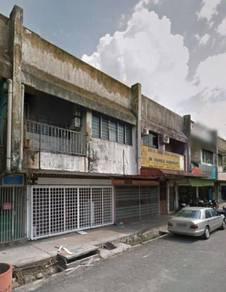 ULU TIRAM Taman Nora Jalan Berlian double storey shop