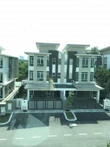 3 Storey Semi D Ramal Villa