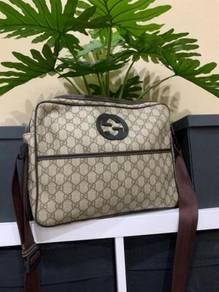 GUCCI Messenger - Sling Bag