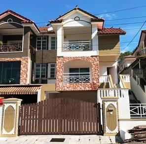 Perak, Ipoh, Tasek, Jalan Kuala Kangsar, Sri Desa, 2.5 Storey Semi D
