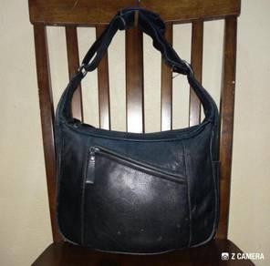 Shoulder/ Hobo Bag Leather Unbrand