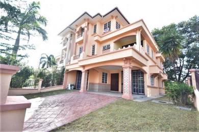 TANAH LUAS CONDITION CANTIK 2 Storey Semi-D House D'Kayangan Shah Alam