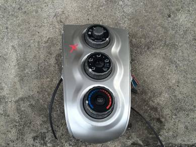 No 9-12-6 Aircond Switch Yaris Vitz Japan