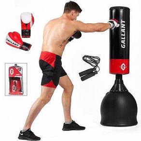 STANDING home use punching bag NEW