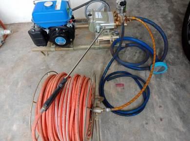 Power sprayer water pump