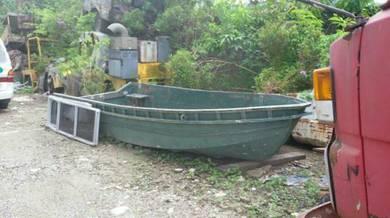Aluminium boat untuk dijual.harga bleh runding