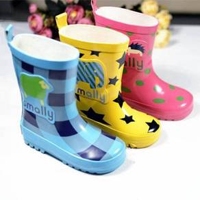 RainBoots Smalley Kid 2