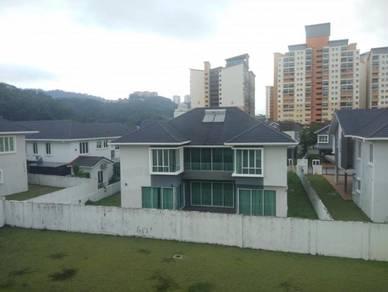 Bungalow (12 215 sq ft), FREEHOLD, Taman Ukay Seraya Ampang