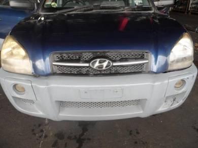 Hyundai tucson 2005 body parts spare parts