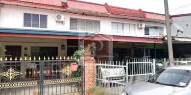 Manggatal / Taman Topopon / House