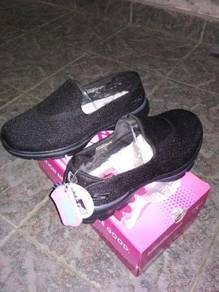 Shoes/kasut Skechers(GOWALK3)original