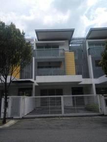 Nadayu 92 , 3 Storey Link House , Bandar Teknologi Kajang