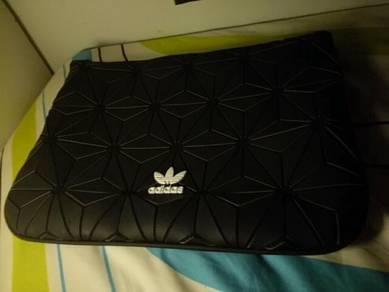 Adidas 3D handbag