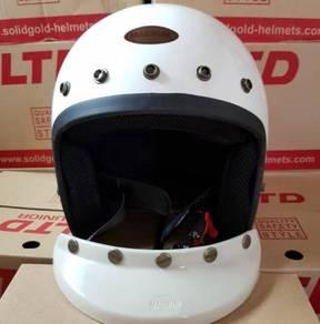 Magnum 5 button helmet